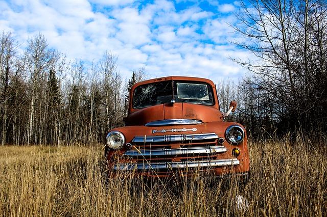 How to Start Renovating Old Trucks